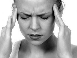 片頭痛(偏頭痛)などの頭痛のイメージ